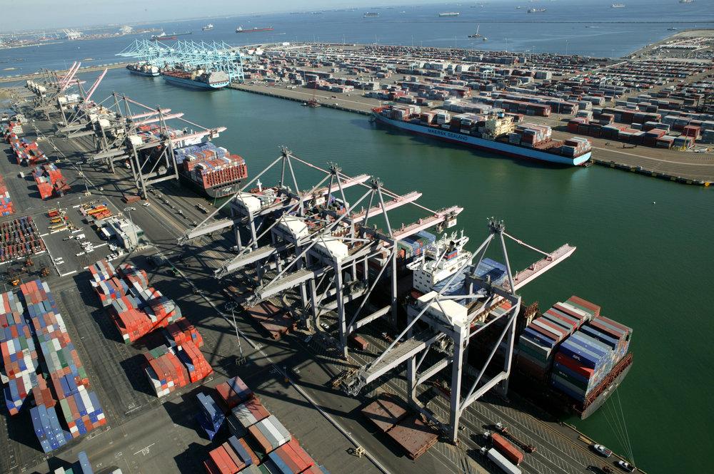 Pier 300_400 Container Terminals.jpg