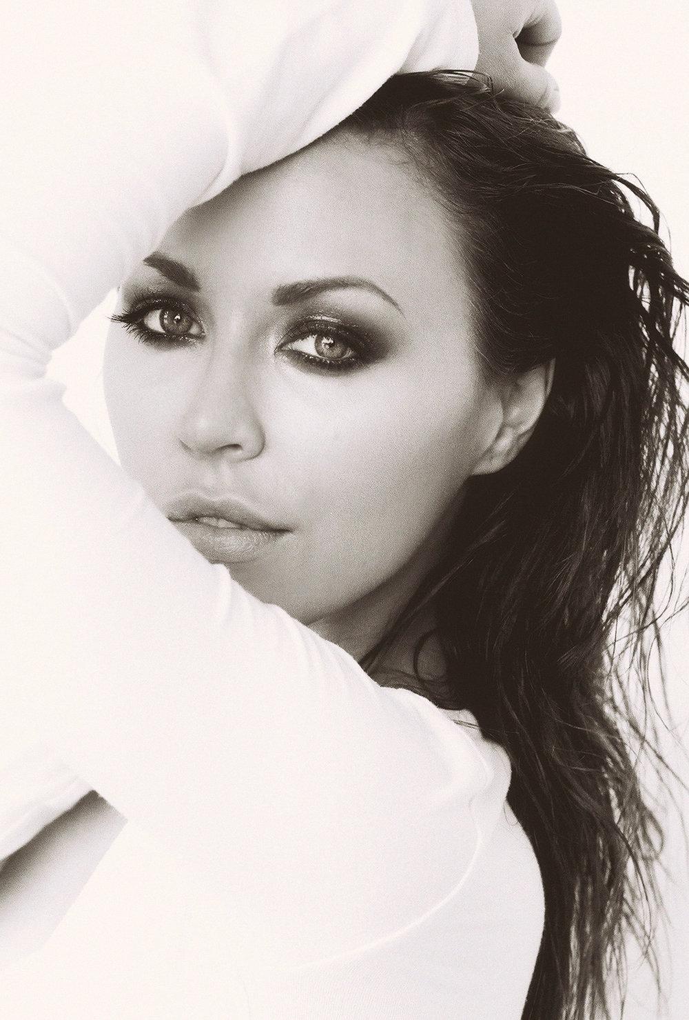 A. JaimeSlater Beauty Shot4.jpg