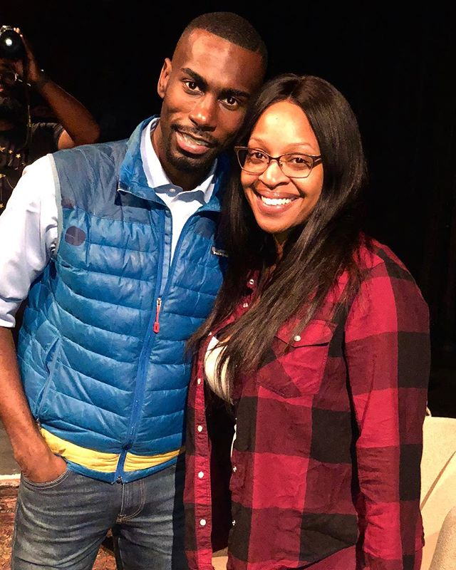 """Last night I got the chance to meet @iamderay and pick up his newly released book #OnTheOtherSideOfFreedom I can't wait to get started on this one. . . """"If your love for me requires that I hid parts of who I am, then you don't love me. Love is never a request for silence."""" ― DeRay McKesson . . . . #blacklivesmatter #bookstagram #wellreadblackgirl #blm #goodreads #deray #civilrights #bookworm #ontheothersideoffreedom #podsavethepeople #bookish #patrissecullors #diversespines #booklove #podcast #activism #books #portraitphotographer #portraitphotography #memoir #civilrightsactivist #booknerd #booktour #reading #melanin #editorialphotography #portraitmood #activist"""