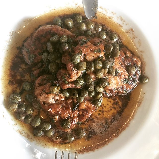 Fantastic lunch @thecoachldn. Totally unpretentious, great service and food. Calves' brains, rabbit, delicious wine — and such a treat to be cooked for by @henryharris.
