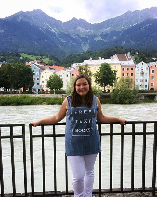 Jealousy ain't cute, but it's real!! We love watching your summer travels and adventures, so here's a throwback from @tayhbarron and the pic that won our Summer Photo Contest. 🎉🙌 #RepFTB