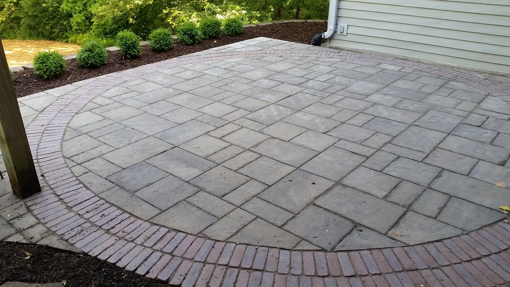 Beacon Hill Paver Patio.jpg