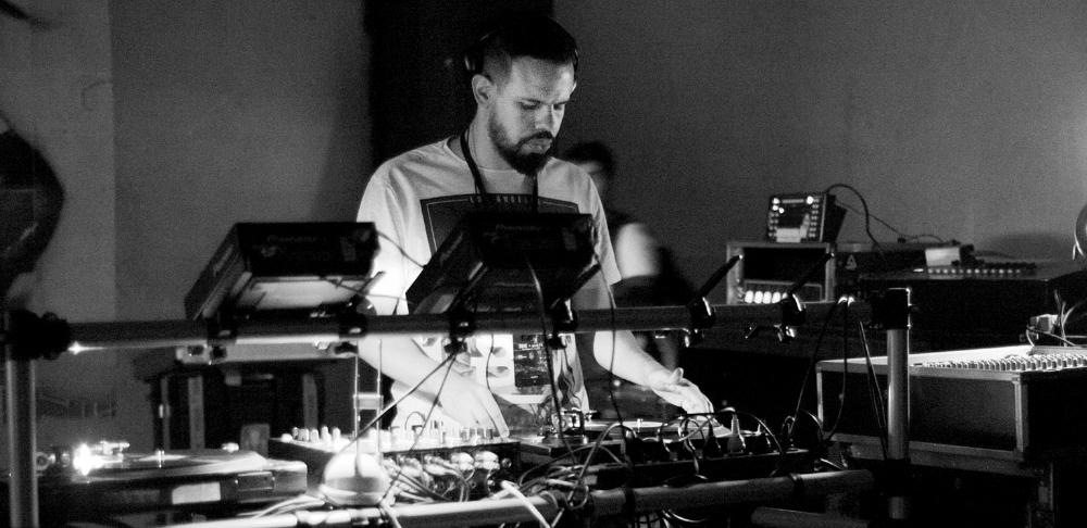 DJ4 (foto Georgia Amorim SP).jpg