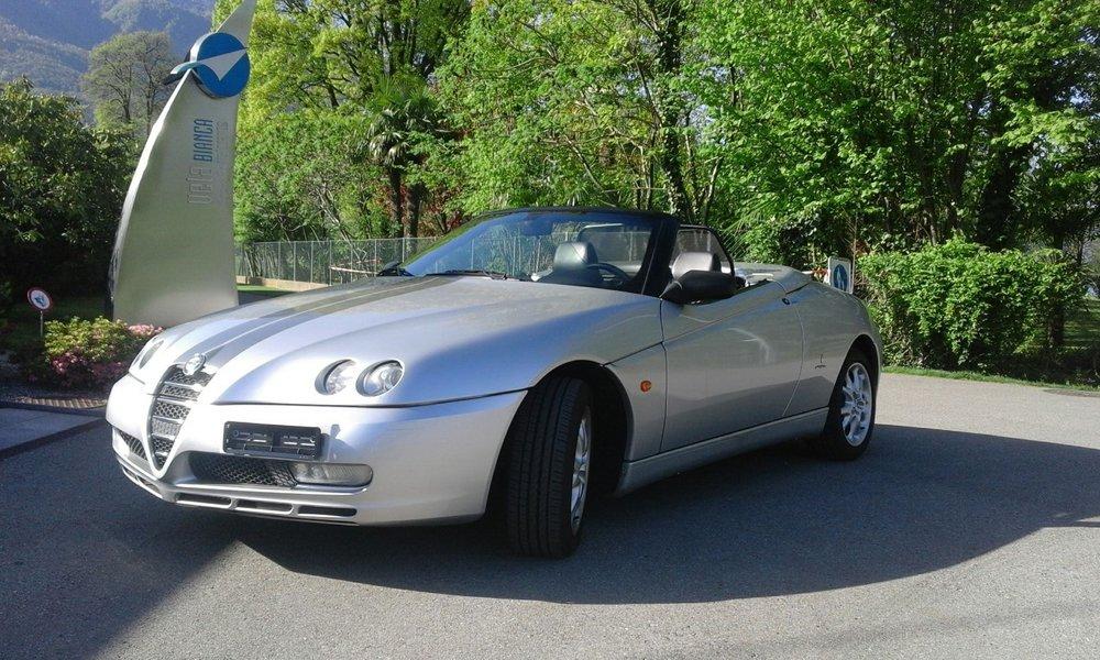 La Signora Cabrio di Silvio - Alfa Romeo Spider 2000 JTS da Contone