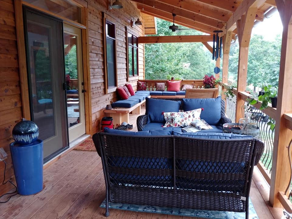 Schole front porch II.jpg