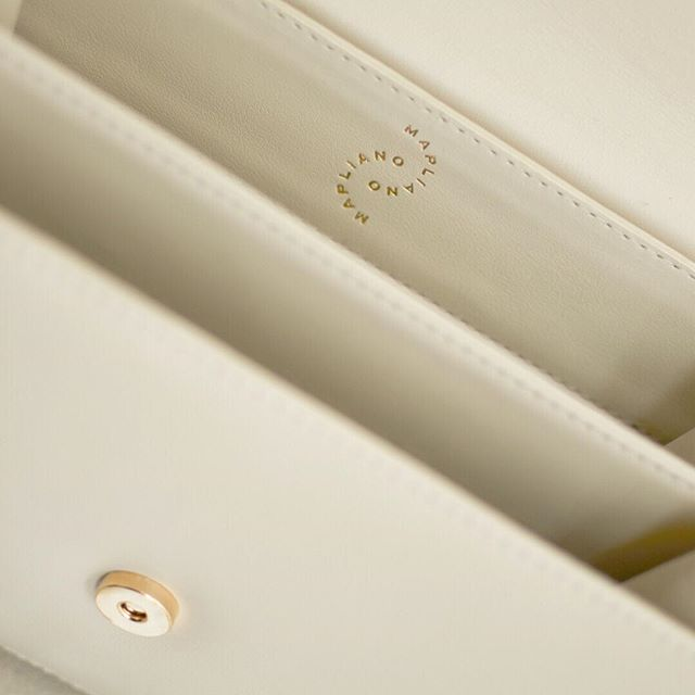 First edition - Available in our store #Ivory #galatea#mapliano#Italianleather#colombiano #handmade#craftmanship