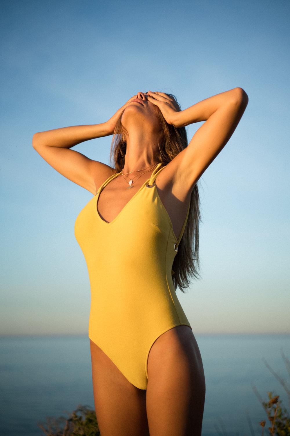 #clairesabattie #photographe #fashion #mode #beach #model