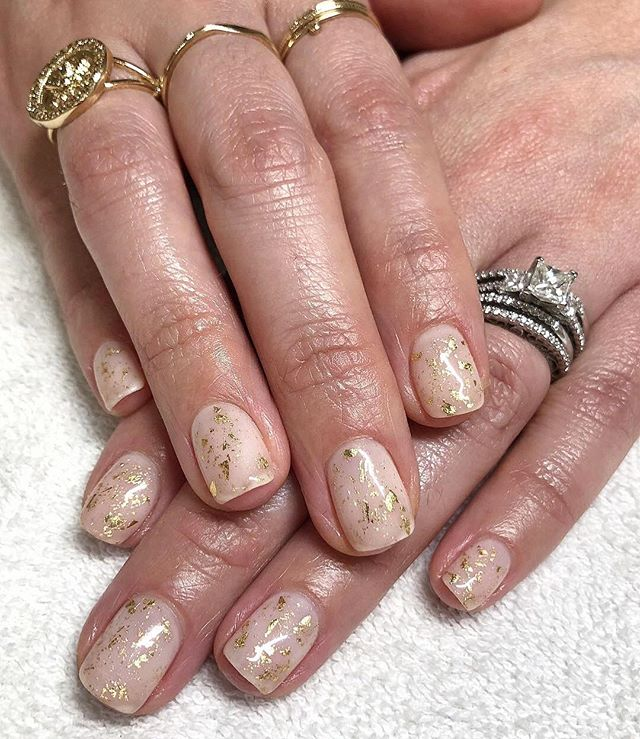 HAPPY NEW YEARS DAY! We are closed at both locations today to spend the day with our families. ALSO! We have a eGift card special if you'd like to treat yourself this week, click the link in our bio to get $10 off $85 or more! . . . #lollipopnailstudio #goldleafnails #goldleafnailart #nailartaddicts #naturalnails #nailartoohlala #newyearsnails #glitternails #sparklenails