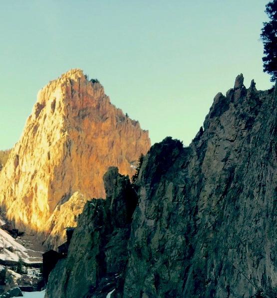 mountains.jpg