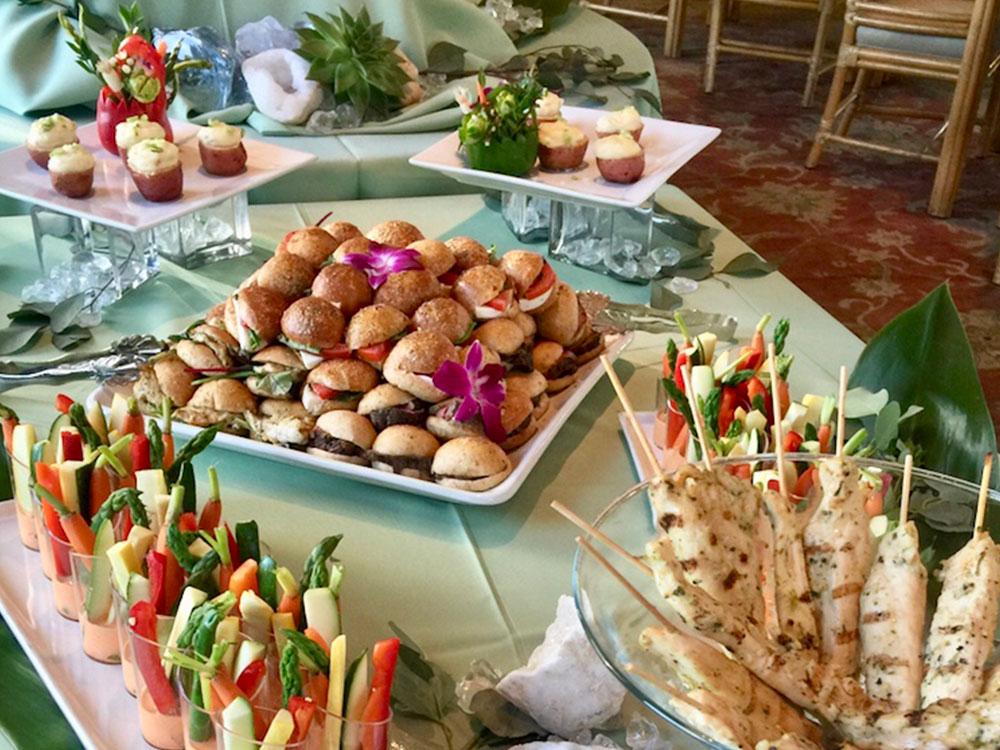 cool thursday buffet at dallas arboretum