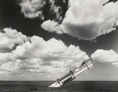Stanley Tigerman. The Titanic, 1978