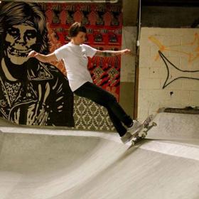 Jen Sherowski at Commonwealth Skatepark