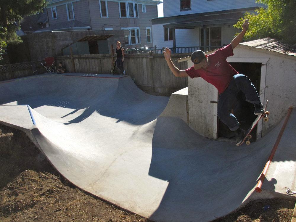 850 square feet of fun!