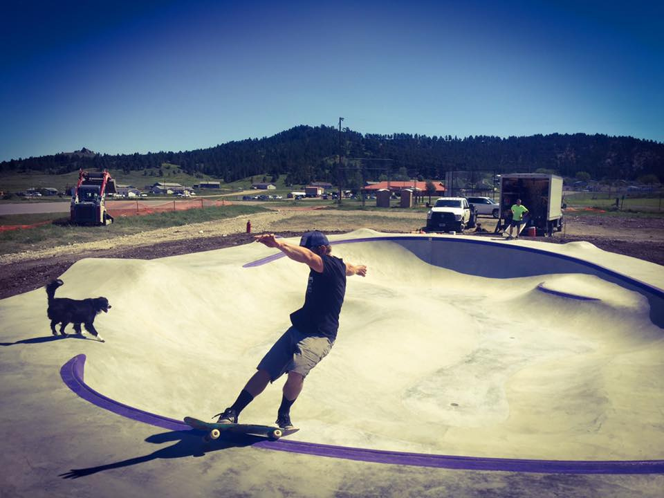 Chris Hogan front feeble at the Hays, Montana Skatepark