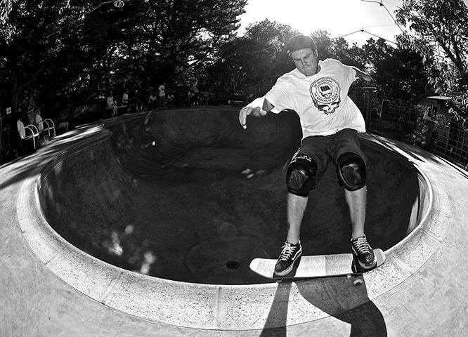 Jeff Grosso frontside smith grind
