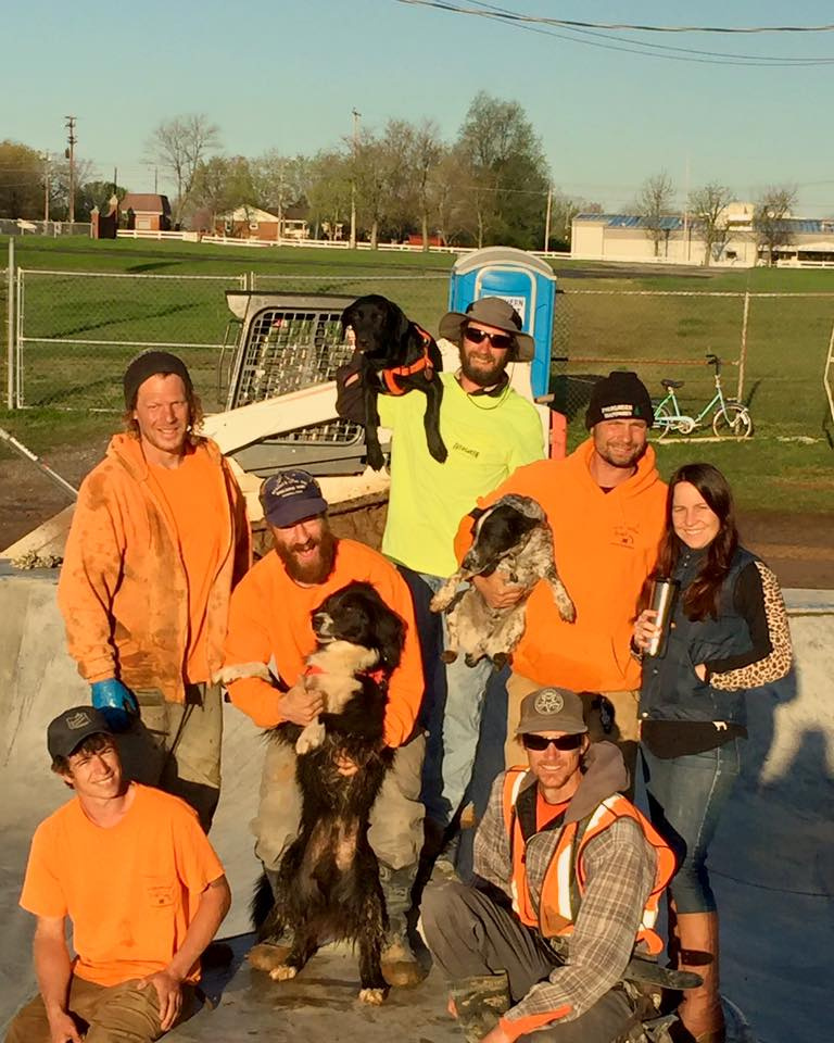 Hopkinsville, Kentucky Crew: