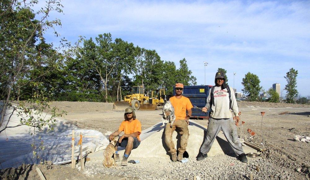 Heyla, Jasper, Noot, Billy & Geth working on the Buffalo Skate Plaza