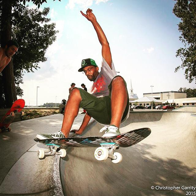 Chuck Treece with a layback at the Epworth Skatepark