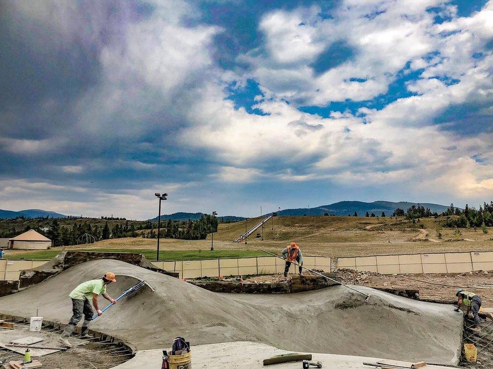 Pole dancing 🕺 Frisco, Colorado.