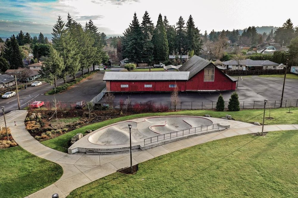 Holler if your neighborhood could use a fun skate spot like this 🙌🏽 Alberta Skate Spot in Portland, Oregon