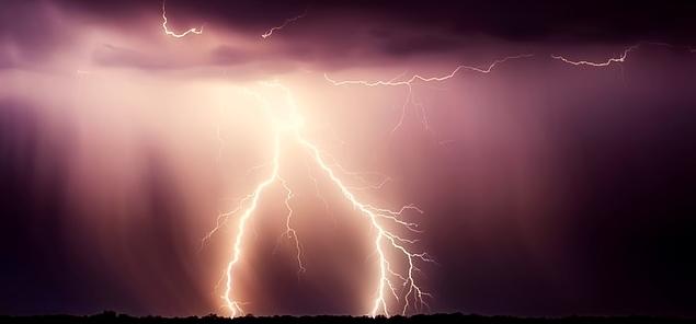 storm-2647422_960_720.jpg