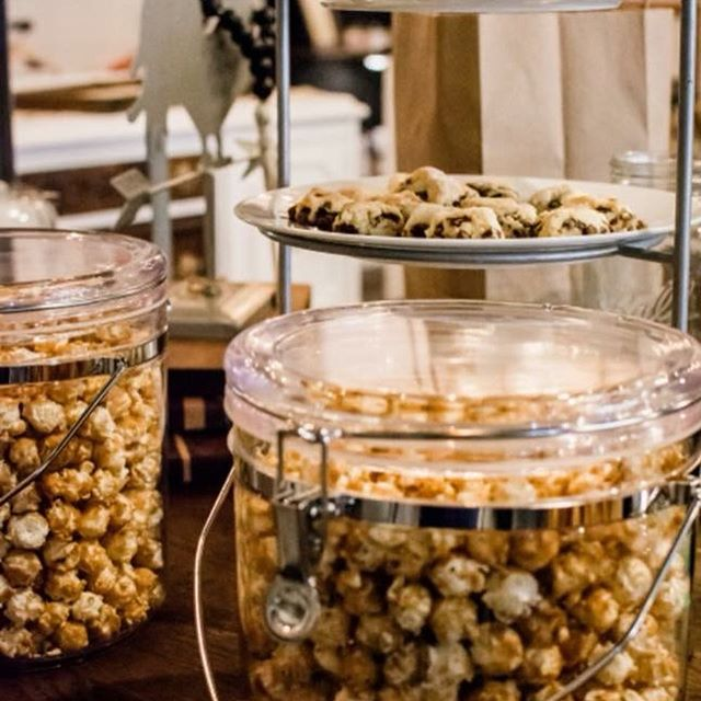 Tomorrow's the day! @boshomedecorllc in #oldtownbattleground Fantastic holiday decor and gift items available AND @serendipitydoodahsweettreats will be sampling scones and caramel corn from 9-12 tomorrow!  #shoplocal #caramelcorn #scones #homedecor #farmhousedecor #christmas2018 #smallbusiness
