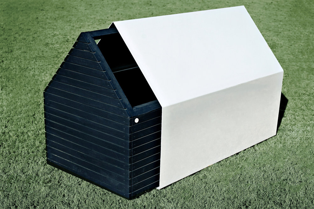 archimania_doghouse_side_pulled_02.5.jpg