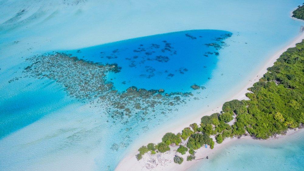 Maldives Private Yacht Charter 14.jpg
