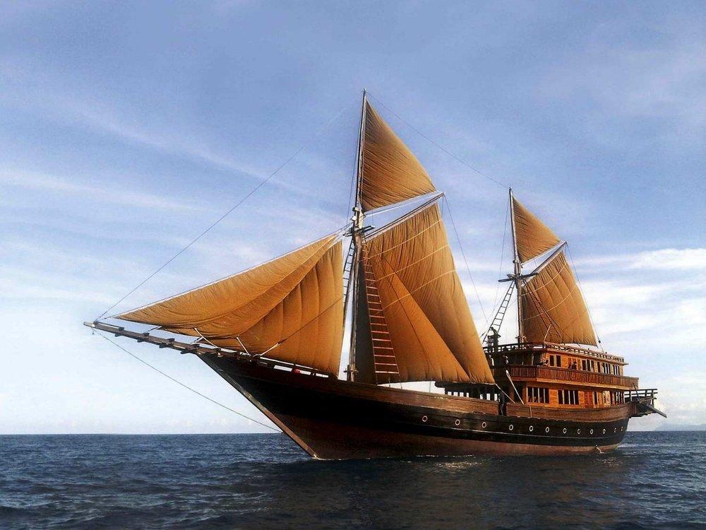 UY_yachts_profile_Alila Purnama.jpg