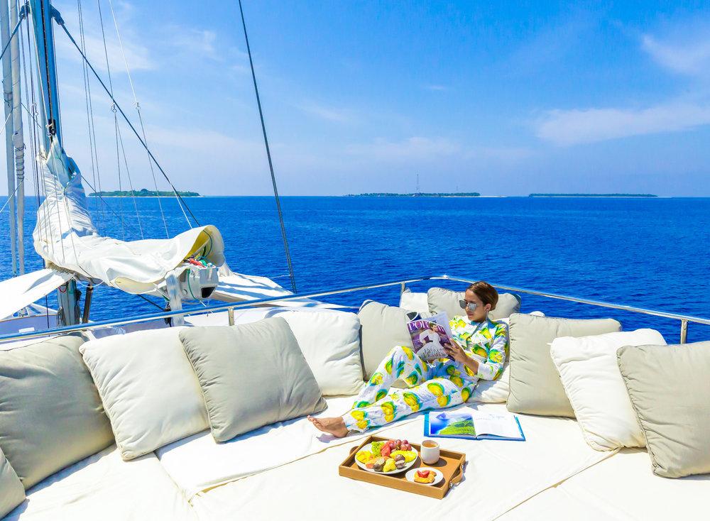 005-SA-Soneva_in_Aqua_Breakfast_at_Deck_by_Jybby&Patrick.jpg