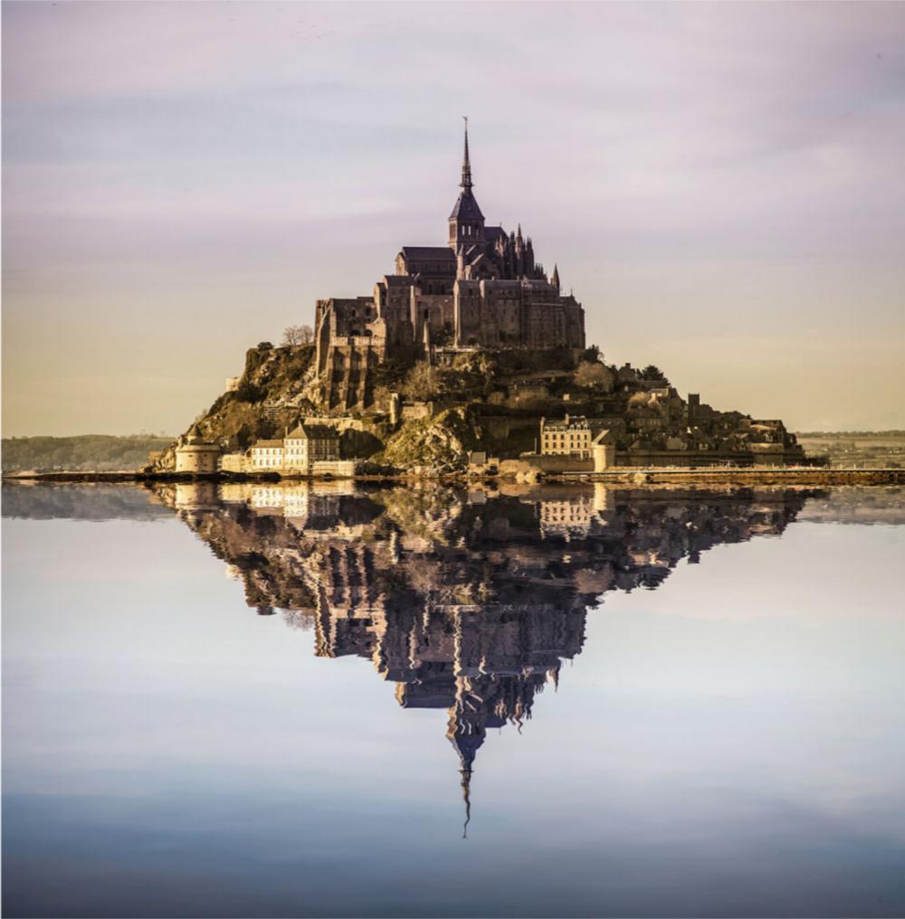 Mont-Saint-Michel ( Flicker  Photo)