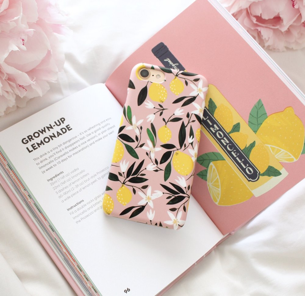 Lemon Print Phone Case Design, CaseApp.jpg