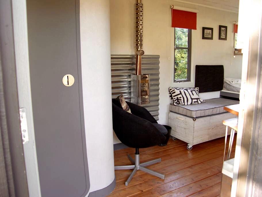 American Tinyhouse, Ramsgate, Airbnb, Kent.JPG