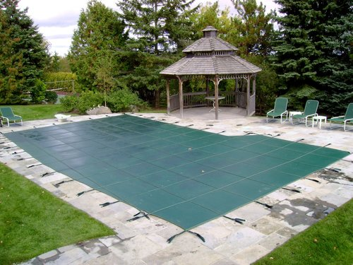 Pool Cover Over An Inground Swimming Pool