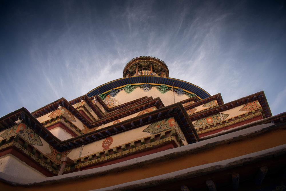 Looking up the Palcho Monastery in Gyantse.