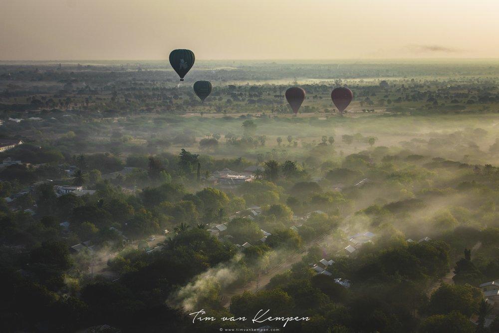 bagan_placestovisit_balloon.jpg