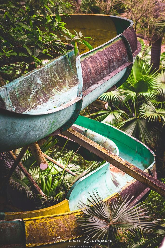 abandonedwaterpark_huevietnam.jpg