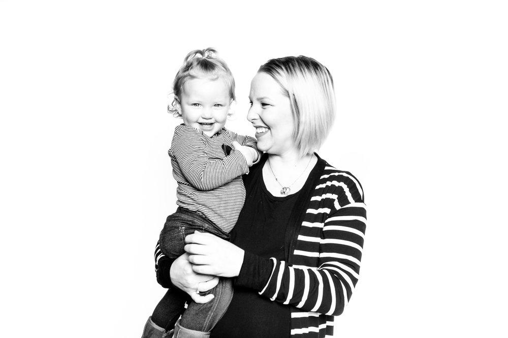 calgary black and white photo booth-47.jpg