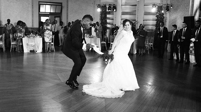 When the bride and groom really know how to dance. ❤️❤️
