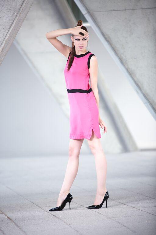 PINK DRESS -