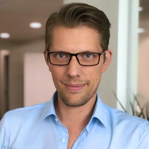 Mikael Nilsson   CRO- & webbspecialist   040-685 93 90  mikael.nilsson@convertor.se