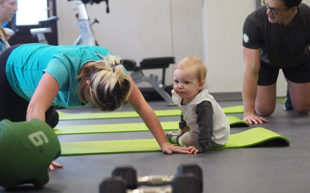 Move4 Physiotherapy Northampton, Eros1 and The Mum Club fit club, helping new mums to exercise with babies and toddlers in tow, improving health and wellbeing