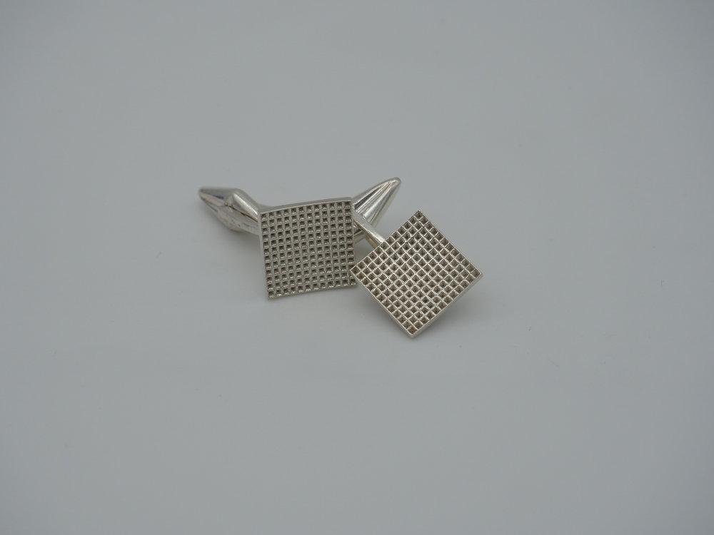Gemelli argento waffle.jpg