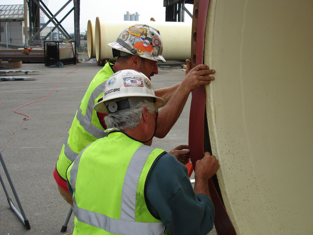BWO Steel Pipe - Divers Mark Duffy & Dave Mednick Installing Rubber Gasket 028.JPG
