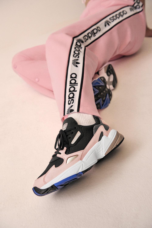 Adidas_Originals_FW18_Falcon_B28126_Look_07_On_Foot_0204_04.jpg