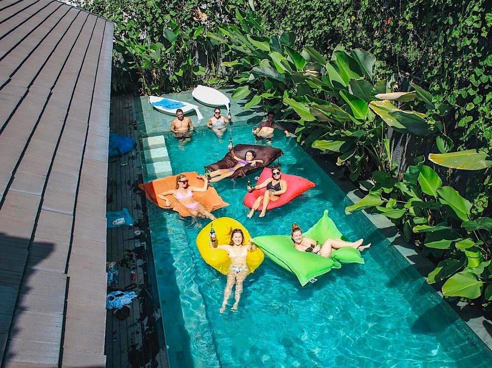 Poshtel em Bali. Photo credit:  https://www.hostelworld.com/blog/best-hostels-in-bali/