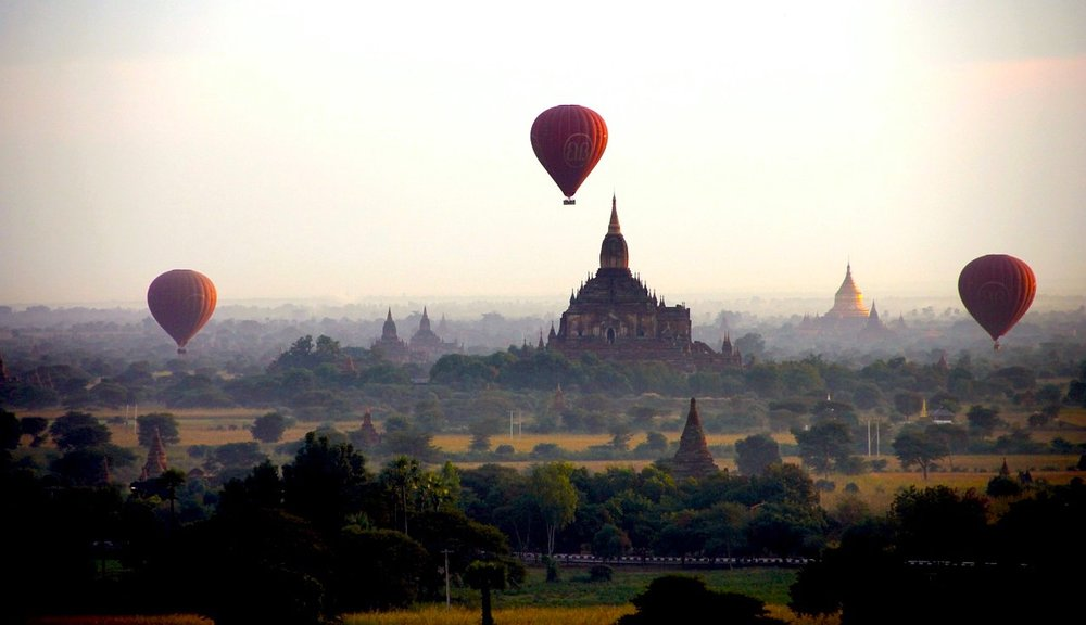 Balonismo em Bagan, Myanmar. Foto: Pixabay