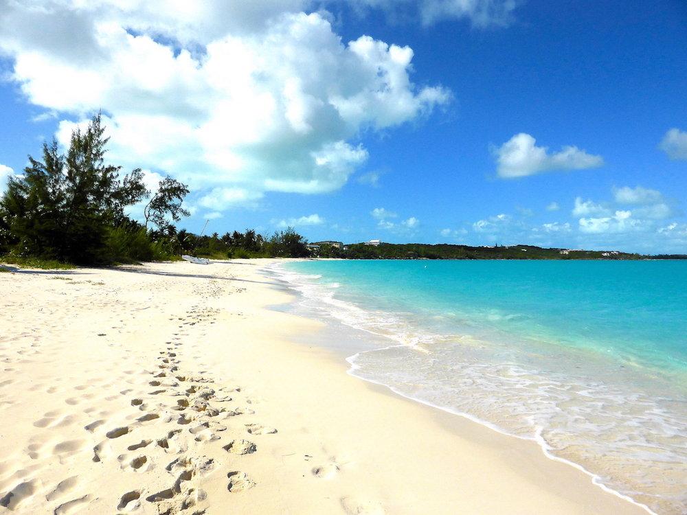 Praia em frente ao nosso B&B em Hoopers Bay. Foto: Patti Neves