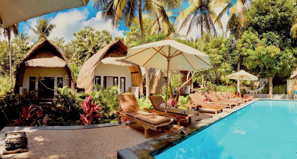 Bangalôs em  Bali  🌴 US$ 25/pessoa.  Reserve aqui