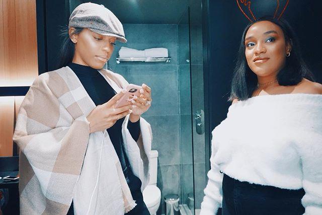 2/3 of The Viewing Party 🖤 - - #danielleallisonmelane#lifestyleblogger#sisters#cousins#montreal#hotelmonville#styleblogger